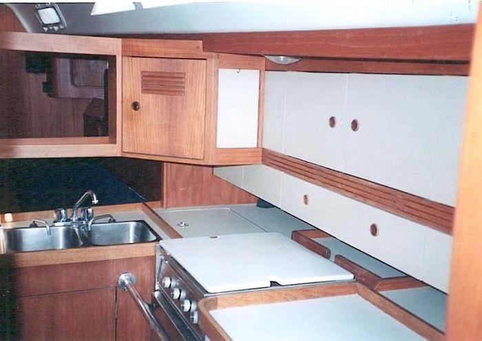 1987 C&C C&C 44 Photo 4 of 15