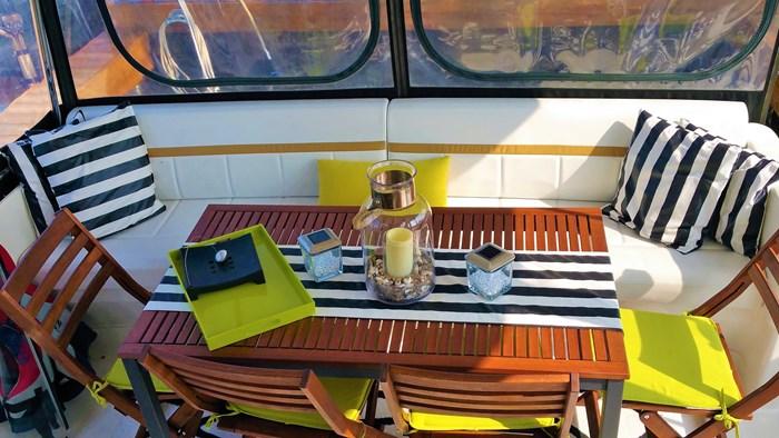 2007 Carver 41 Cockpit Motor Yacht (CMY) Photo 10 of 14