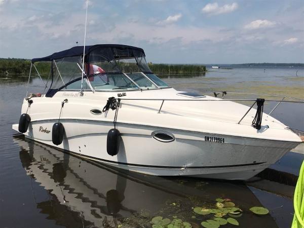 Rinker 250 Fiesta Vee 2005 Used Boat for Sale in Peterborough, Ontario -  BoatDealers ca