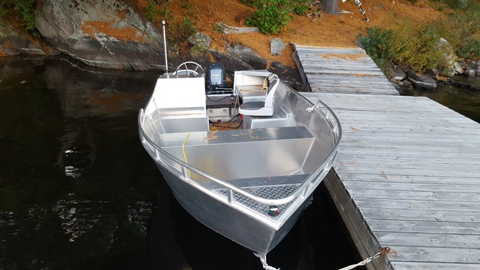 18 Foot Tiller Side Console