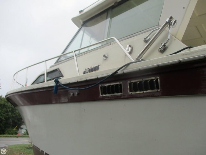 1990 Baha Cruisers 310 Sport Fisherman Photo 8 sur 20