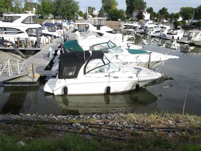 Sea Ray 260 SUNDANCER 2003 Used Boat for Sale in Saint