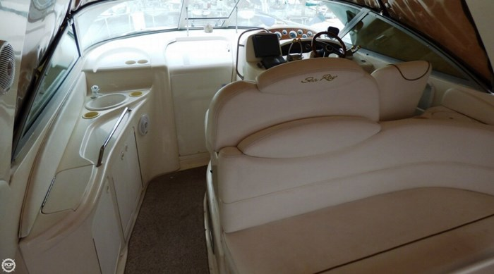 1999 Sea Ray 340 Sundancer Photo 15 of 20