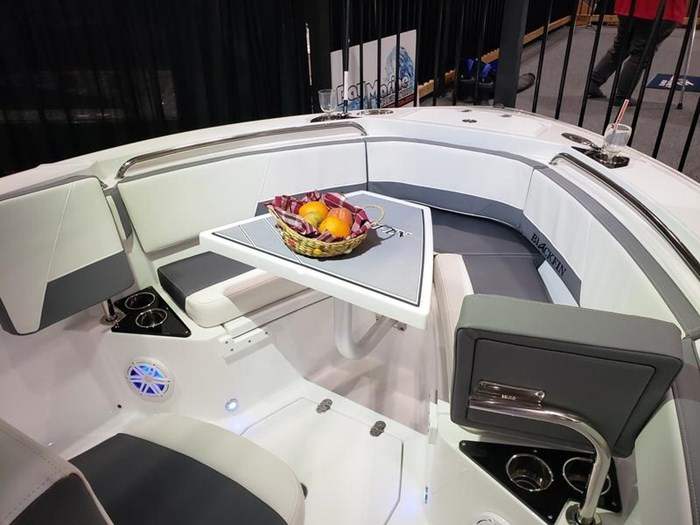 2019 Blackfin 212 CC Center Console Photo 8 sur 15