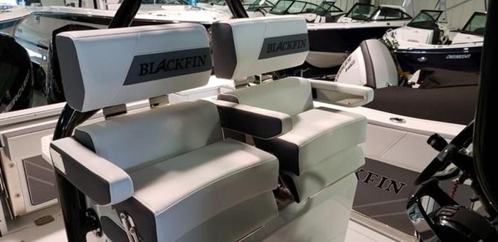 2019 Blackfin 272 CC Center Console Photo 7 sur 22