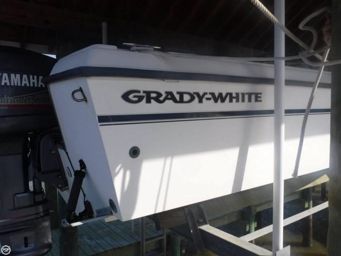 1999 Grady-White Tournament 223 Photo 17 of 20