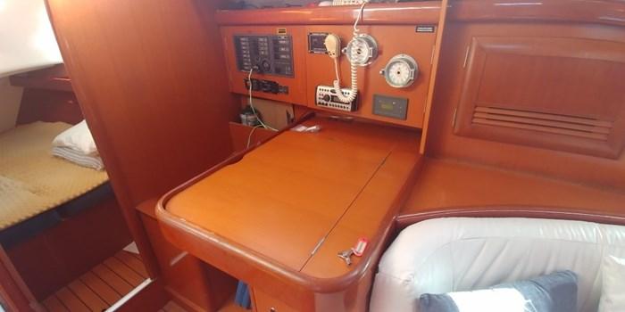 2006 Beneteau Oceanis 393 Photo 41 sur 43