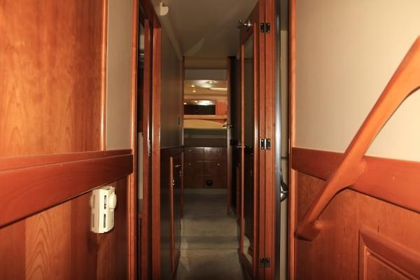 2003 Meridian 490 Pilothouse Photo 5 sur 62