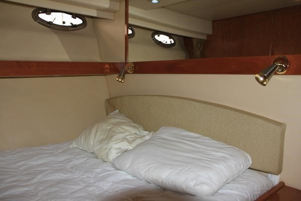 2003 Meridian 490 Pilothouse Photo 14 sur 62