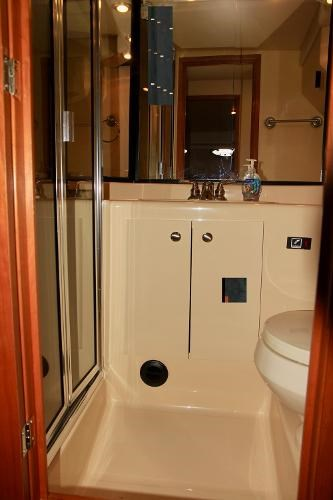 2003 Meridian 490 Pilothouse Photo 15 sur 62
