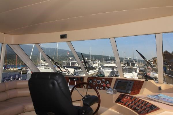 2003 Meridian 490 Pilothouse Photo 33 sur 62