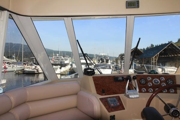 2003 Meridian 490 Pilothouse Photo 35 sur 62