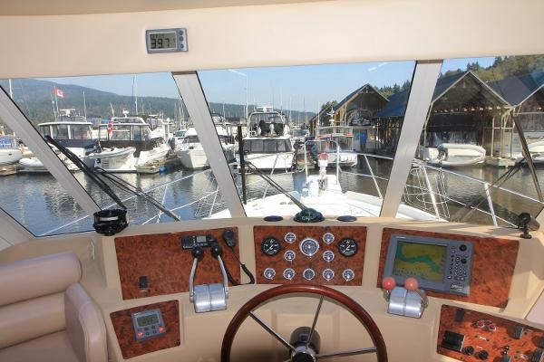 2003 Meridian 490 Pilothouse Photo 36 sur 62