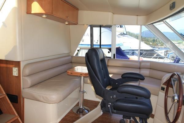 2003 Meridian 490 Pilothouse Photo 38 sur 62