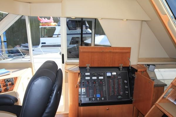 2003 Meridian 490 Pilothouse Photo 39 sur 62