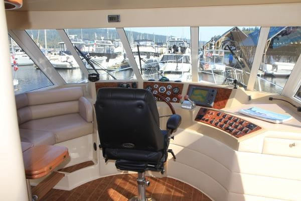 2003 Meridian 490 Pilothouse Photo 40 sur 62