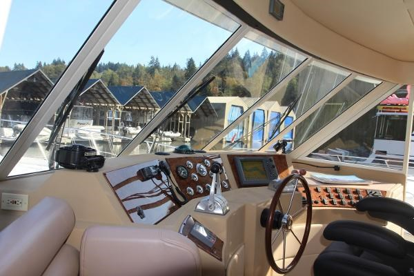 2003 Meridian 490 Pilothouse Photo 41 sur 62