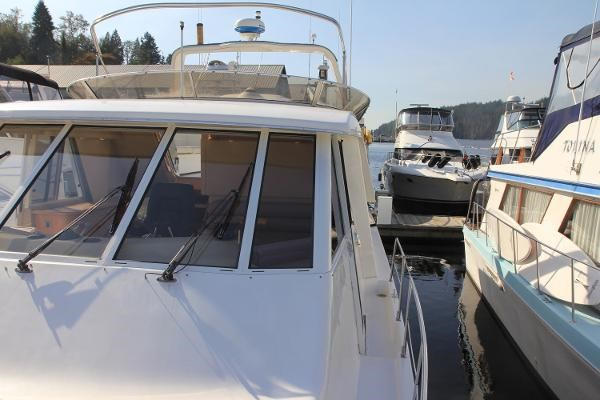 2003 Meridian 490 Pilothouse Photo 45 sur 62