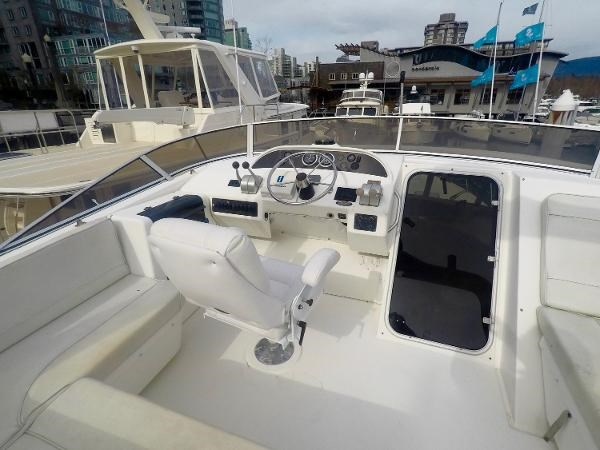 2003 Meridian 490 Pilothouse Photo 49 sur 62