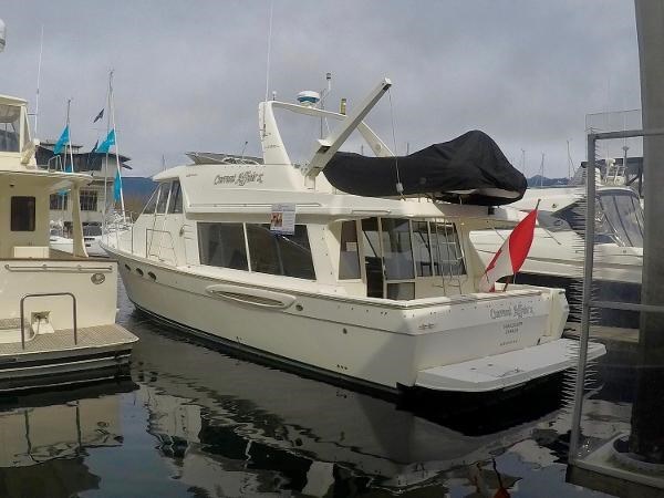 2003 Meridian 490 Pilothouse Photo 2 sur 62