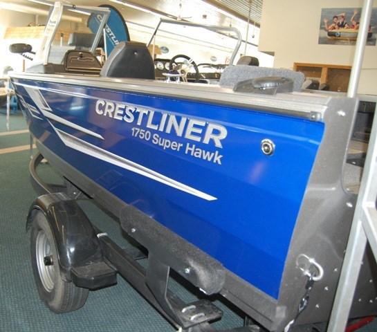 2019 Crestliner 1750 Super Hawk Photo 2 of 16