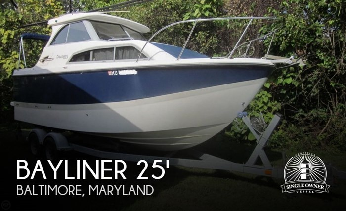 2009 Bayliner 246 Discovery Photo 1 of 20