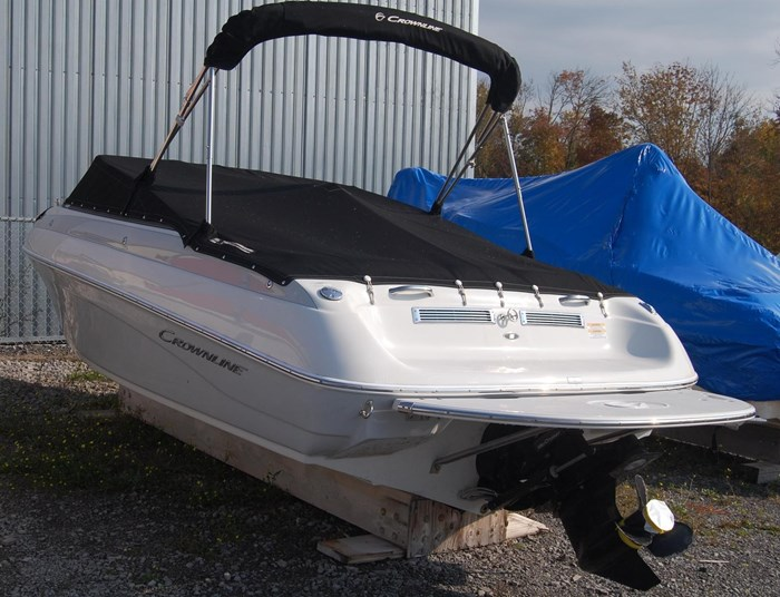 2015 Crownline 18SS Photo 6 of 19