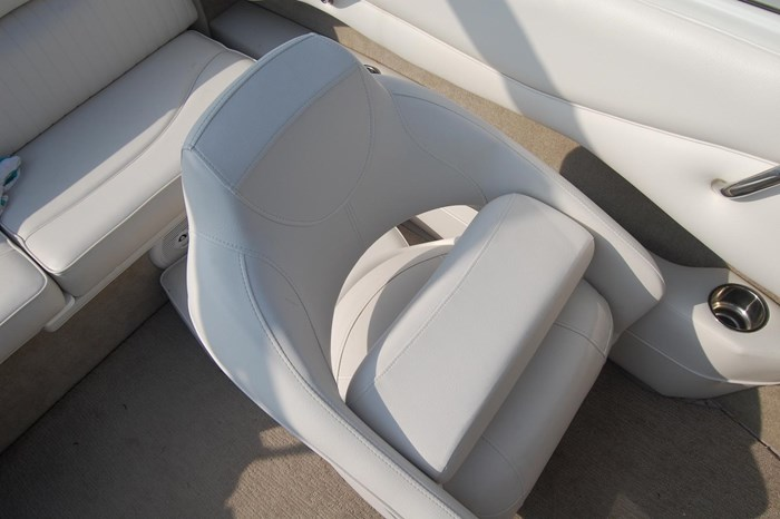 2015 Crownline 18SS Photo 10 of 19