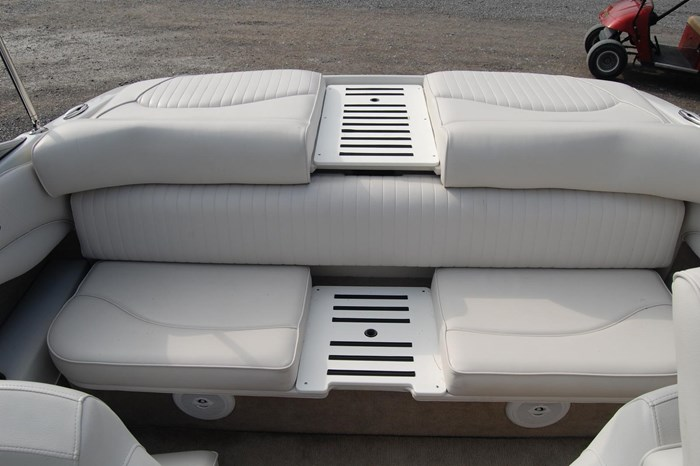 2015 Crownline 18SS Photo 16 of 19
