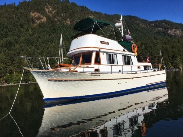 1976 CHB 34 Aft Cabin Trawler Photo 1 of 39