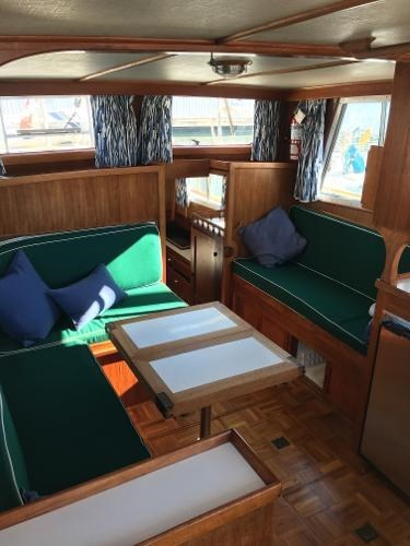 1976 CHB 34 Aft Cabin Trawler Photo 20 of 39