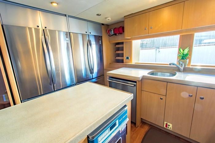 2006 Sensation Yachts CABERNET Photo 17 sur 69