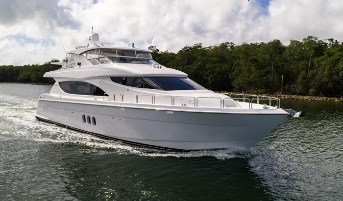 2013 Hatteras 80 Motor Yacht Photo 1 sur 66