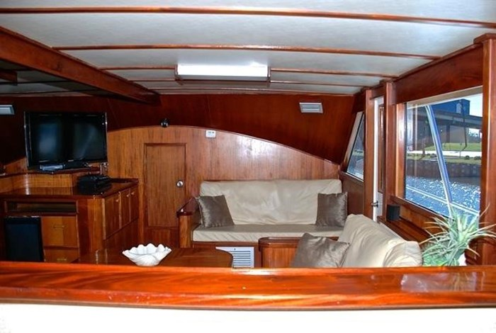 2001 Infinity Cockpit Motor Yacht Photo 7 of 57
