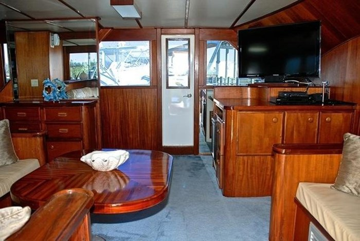 2001 Infinity Cockpit Motor Yacht Photo 8 of 57