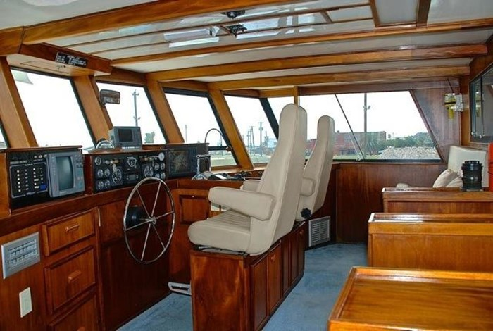 2001 Infinity Cockpit Motor Yacht Photo 26 of 57