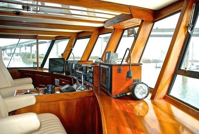 2001 Infinity Cockpit Motor Yacht Photo 28 of 57