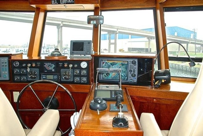 2001 Infinity Cockpit Motor Yacht Photo 29 of 57