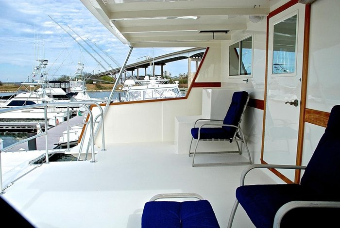 2001 Infinity Cockpit Motor Yacht Photo 34 of 57