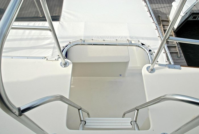 2001 Infinity Cockpit Motor Yacht Photo 35 of 57