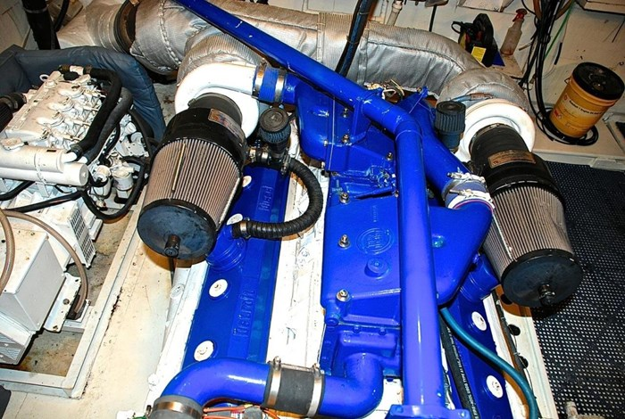 2001 Infinity Cockpit Motor Yacht Photo 51 of 57