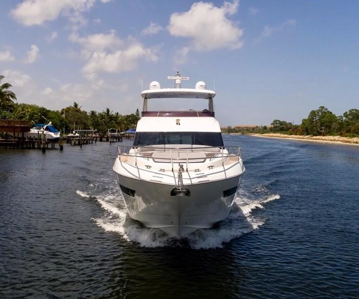 2015 Princess Flybridge 68 Motoryacht Photo 38 sur 39