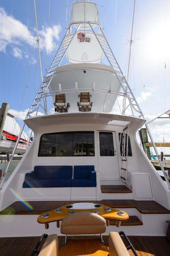 2008 Viking Yachts Convertible Photo 6 sur 42