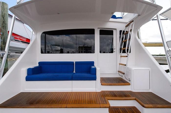 2008 Viking Yachts Convertible Photo 7 sur 42