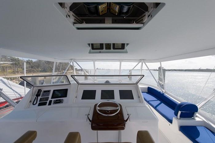 2008 Viking Yachts Convertible Photo 36 sur 42