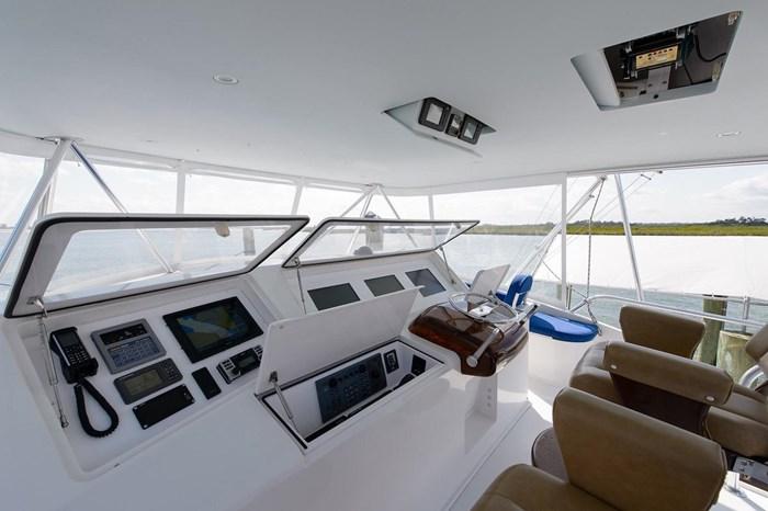 2008 Viking Yachts Convertible Photo 38 sur 42