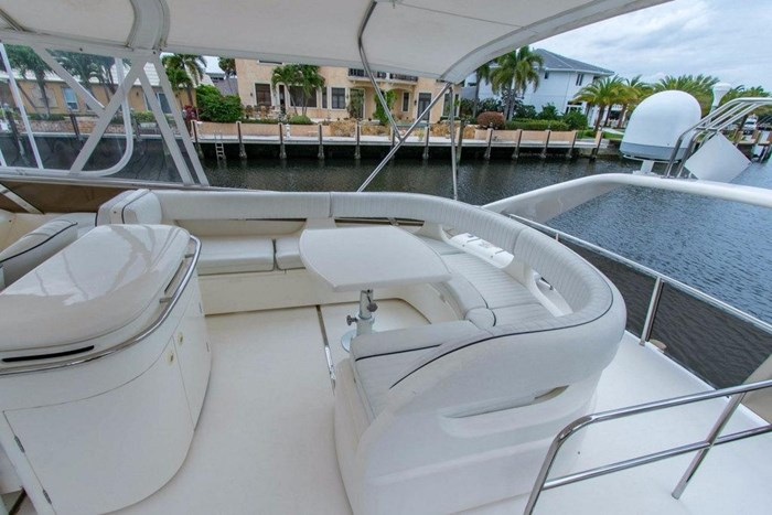 2001 Viking Yachts Sport Cruiser VSC60 Photo 11 of 54