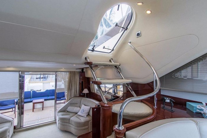 2001 Viking Yachts Sport Cruiser VSC60 Photo 21 of 54