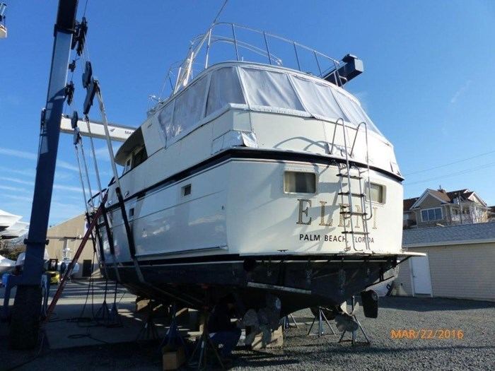 1979 Hatteras 53 Motor Yacht Photo 3 of 27