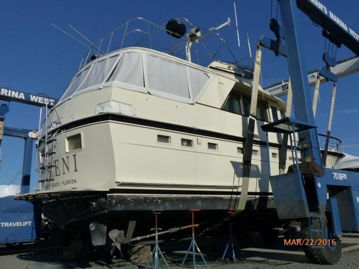 1979 Hatteras 53 Motor Yacht Photo 4 of 27
